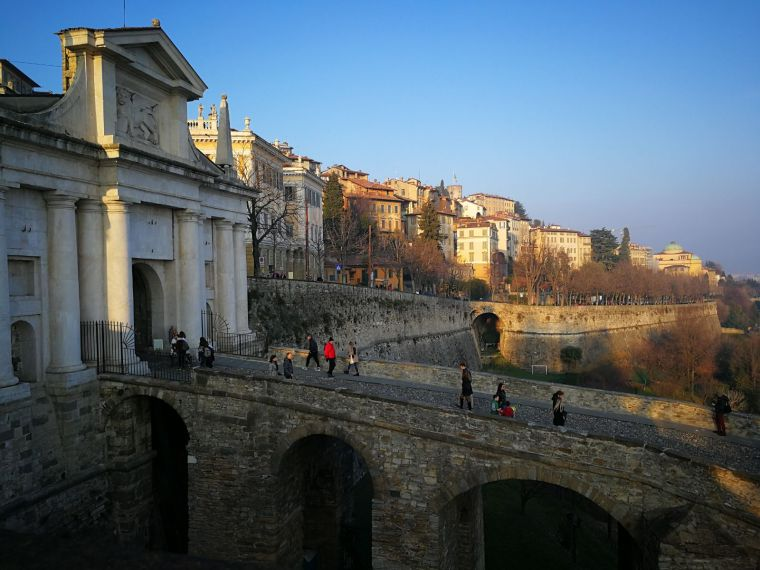 bergamo bridge.jpeg